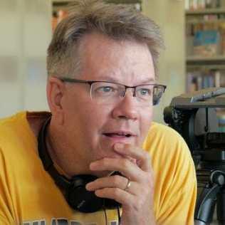 Bruce Dellis