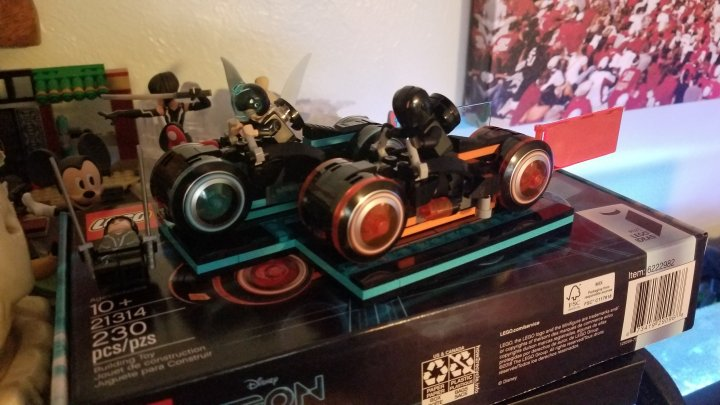 2018 04 07 14.18.01 1024x576 LEGO Tron Light Cycles!