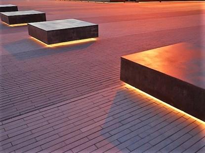 Hexagonal seating_Shadow gap lighing