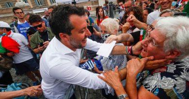 Matteo Salvini Piazza del Popolo Mascherine Coronavirus