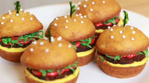 How to make cheeseburger cupcakes