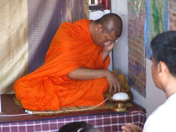 www.thai-dk.dk/penfoto/3/Begravelse27.jpg