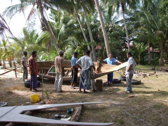 www.thai-dk.dk/penfoto/3/glasfiberpbden017.jpg