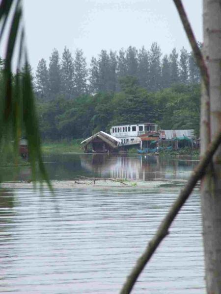 www.thai-dk.dk/penfoto/4/DSCF1221.jpg