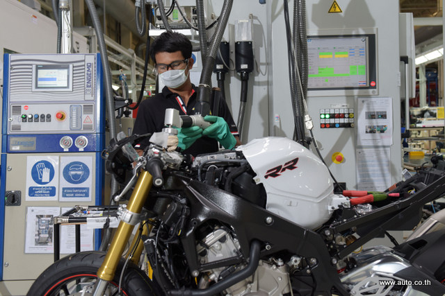 BMW Motorrad Production_12-001
