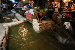 Aid workers in Thailand warn of possible water-borne disease outbreaks