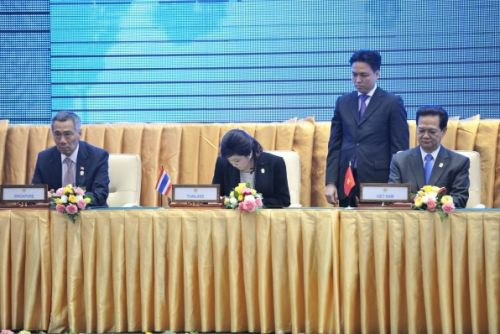 ASEAN members gathered in Cambodia