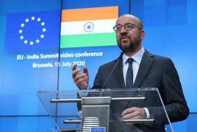 European Council President Charles Michel, Ursula von der Leyen and Indian Prime Minister Narendra Modi are seen on the monitor as they take part in a virtual summit, Brussels, Belgium, 15 July 2020 (Photo: Reuters/Yves Herman/Pool).