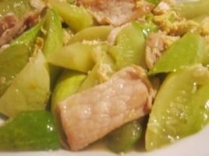 Pork with cucumber