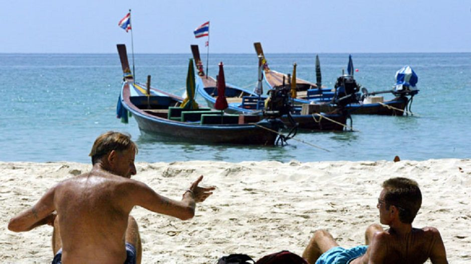 Intrusive immigration form mandatory in Phuket