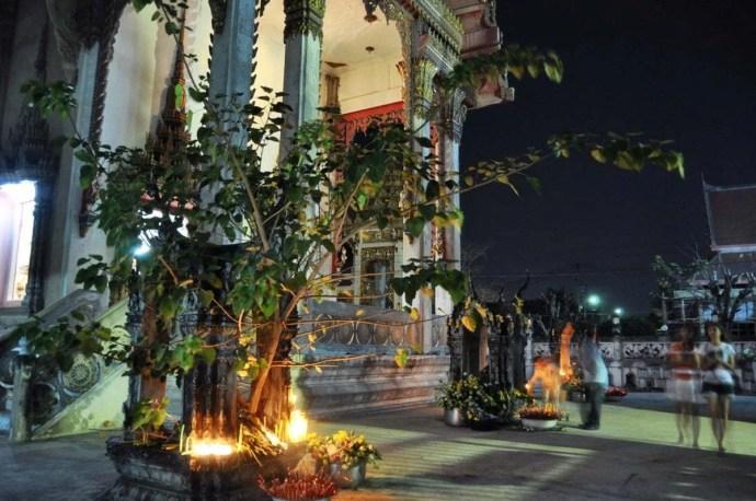 Makha Bucha Day 2011 - Bangkok