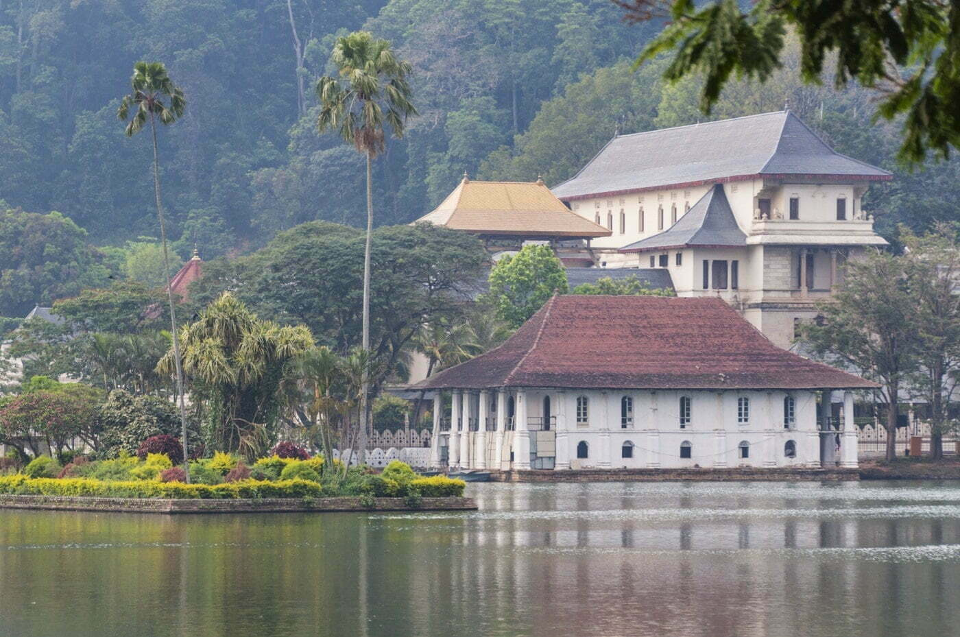temple dent lac kandy - sri lanka