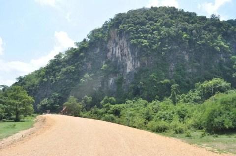 grotte thakhek laos