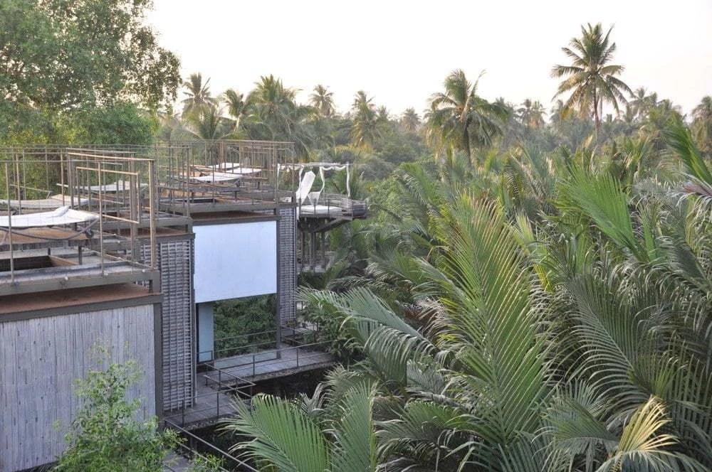 hotel bangkok tree house