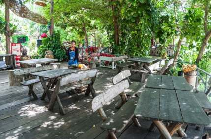 restaurant singburi thailande
