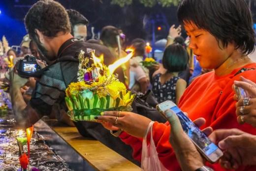 priere loy krathong festival bangkok