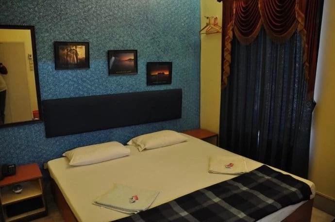 chambre-hotel-esplanade-calcutta-inde