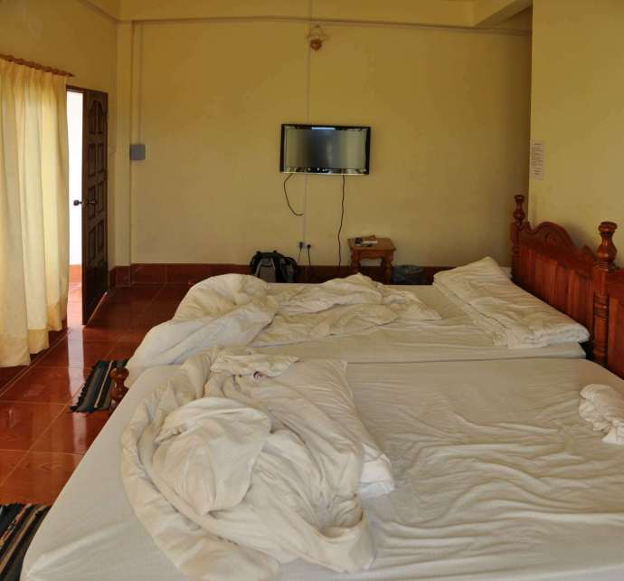 chambre popular-view-guesthosue-vang-vieng