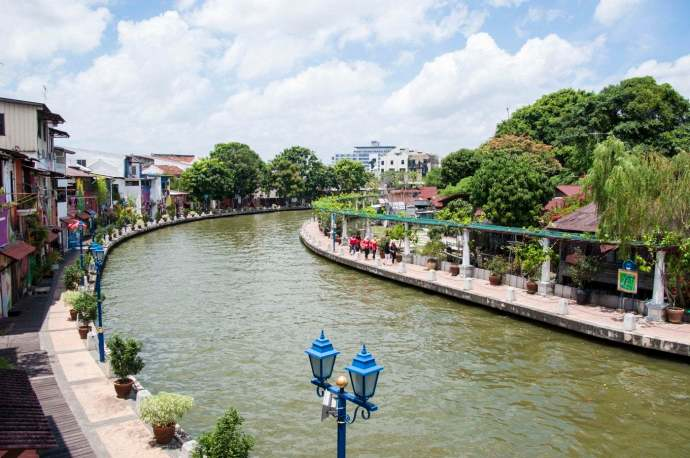 vue-canal-river-one-residence-malacca