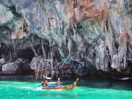 grotte viking koh phi phi