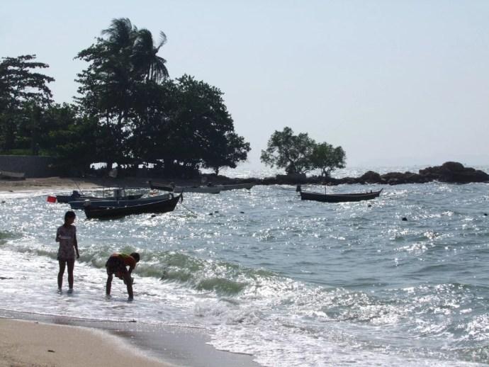 bout plage nord pattaya