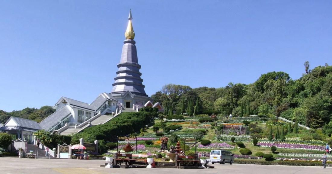pagodes royales doi inthanon - chiang mai