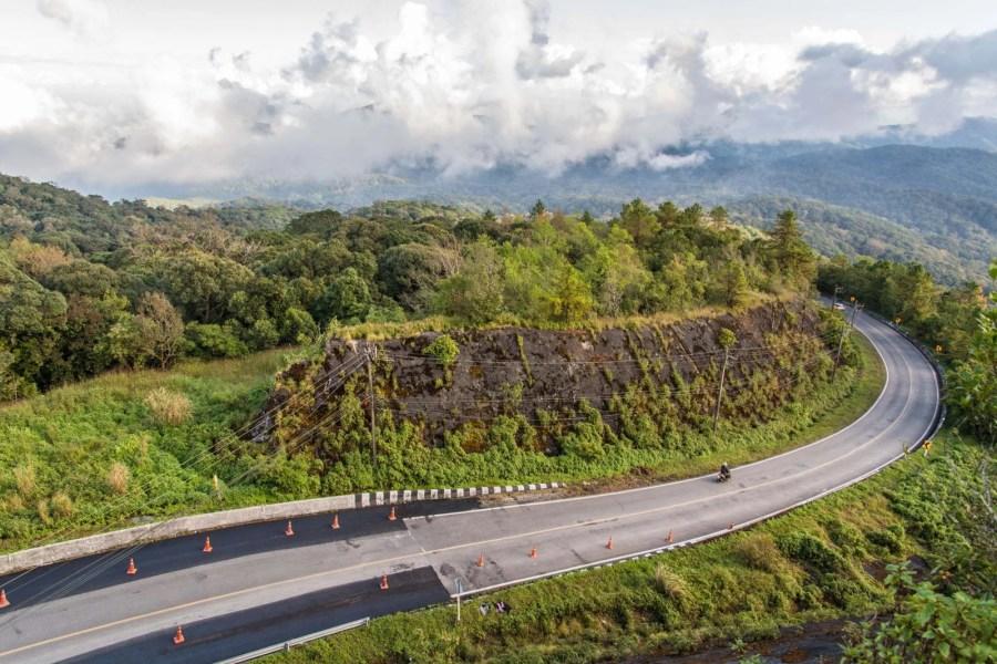 route du doi inthanon - chiang mai - thailande
