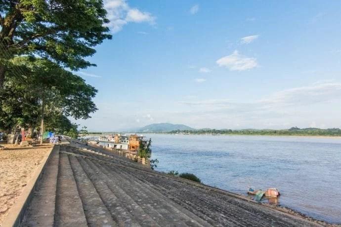 chiang saen riverside - thailande