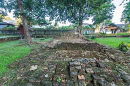 ruines au wat phra that chedi luang - chiang saen