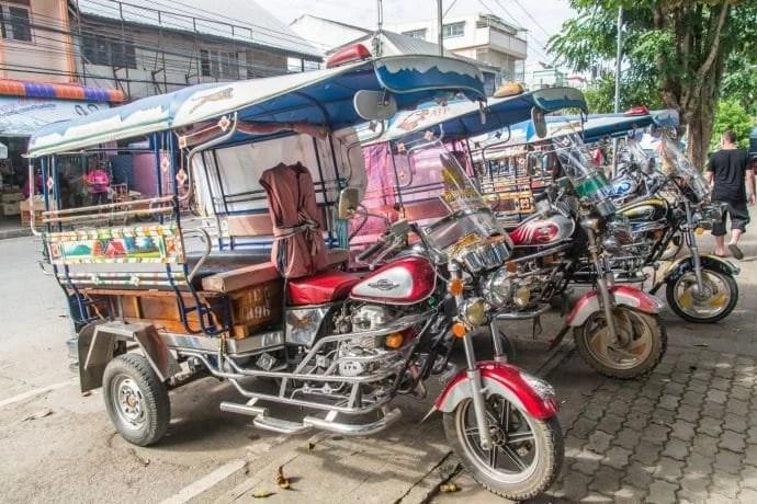 tuk tuk chiang saen - thailande