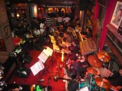 interieur bar saxophone bangkok