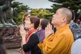 priere bouddha tian tan - lantau island hong kong