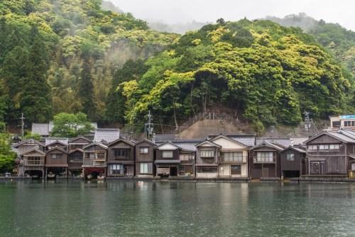 maisons pecheurs village ine - japon