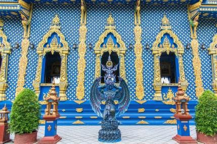 wat rong suea ten le temple bleu - chiang rai