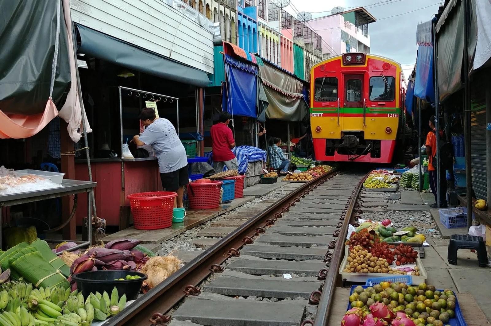 cover samut songkhram province