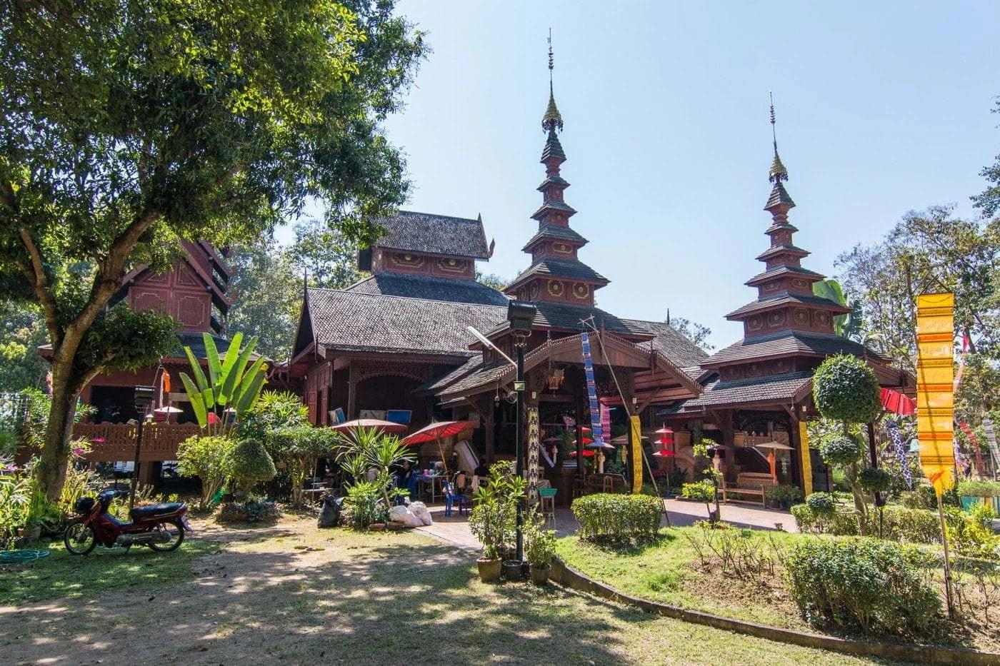temple wat chom sawan phrae