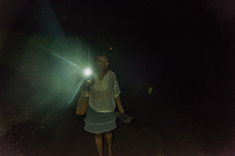 retour bungalow de nuit koh phra thong - thailande