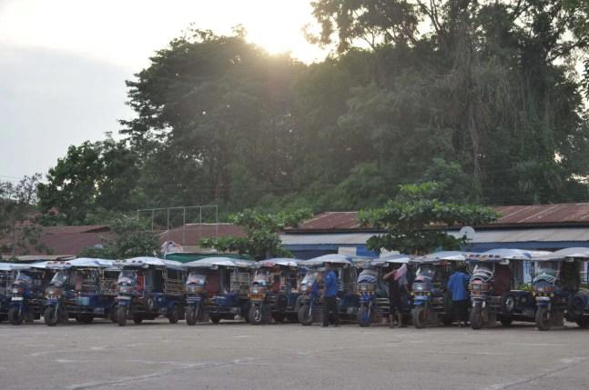alignement samlo terminal bus - laos