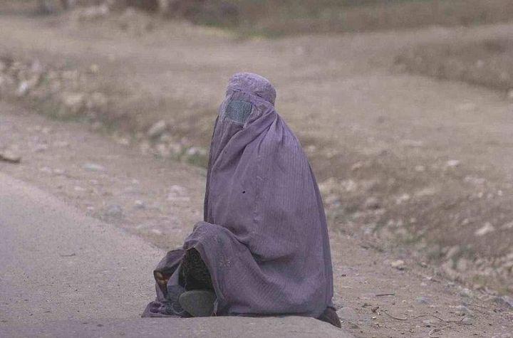 Woman wearing burka in Afghanistan