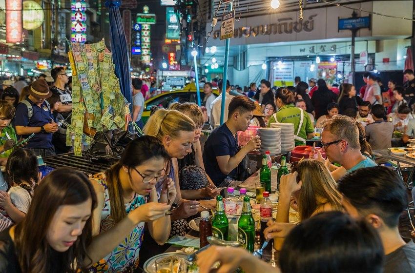 Street restaurant in Chinatown, Bangkok