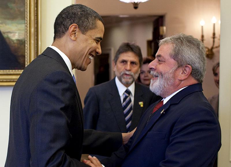 Barack Hussein Obama welcomes the President of Brazil, Lula Da Silva