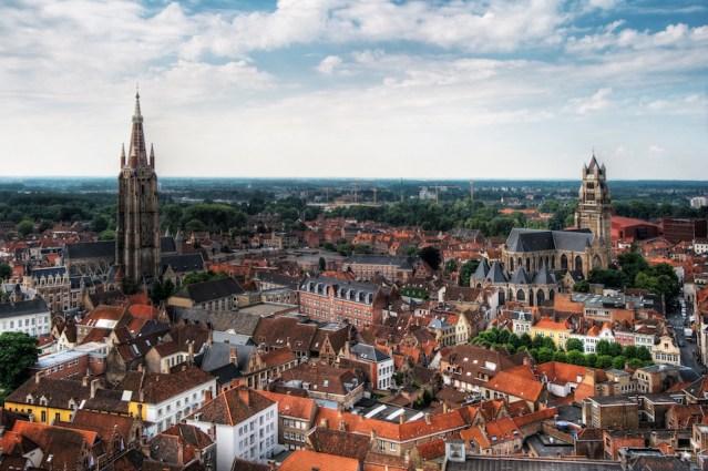 Machete-wielding man causes evacuation in Liege, Belgium