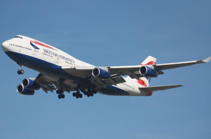 British Airways Boeing 747-400 after take off