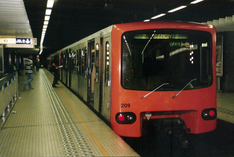 Brussels metro train at Rogier station