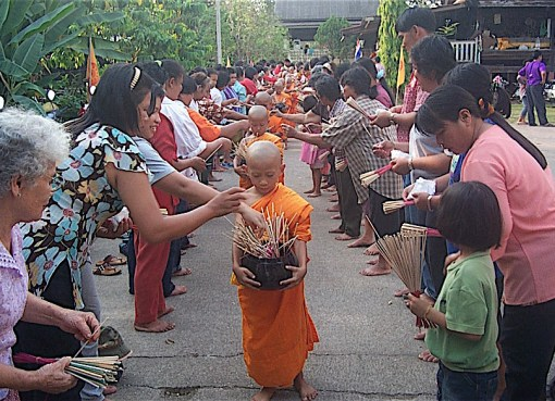 Buddhist worship in Uttaradit