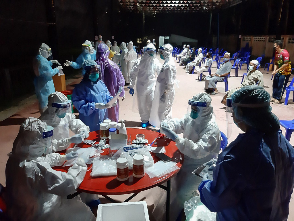 Thai epidemiologists conduct active case investigations for COVID-19