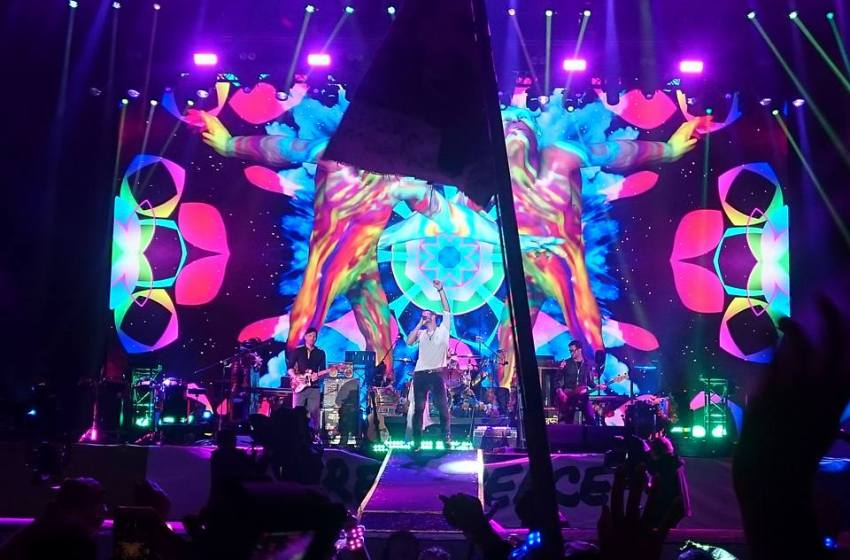 Coldplay's performance at the Glastonbury Festival, 26 June 2016