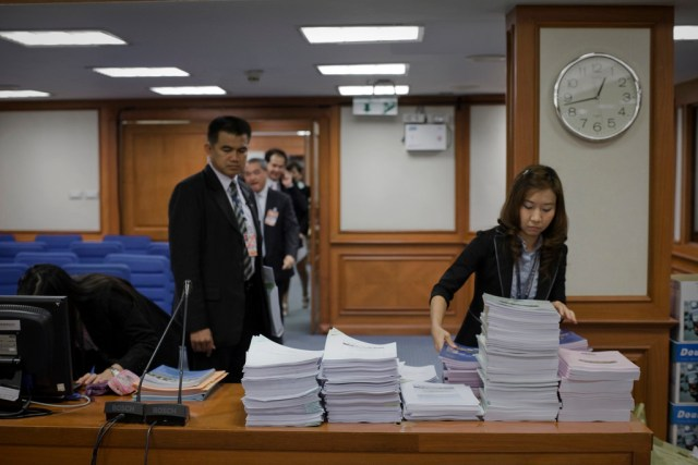 Democrats' Thailand-first e-vote fails on forgotten setting