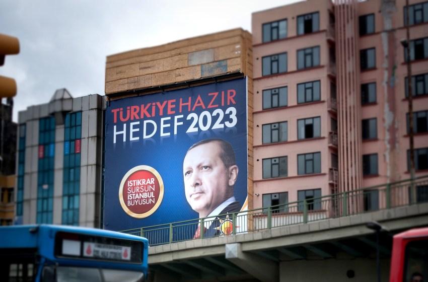 Turkey Arrests 10 Retired Admirals over Government Criticism