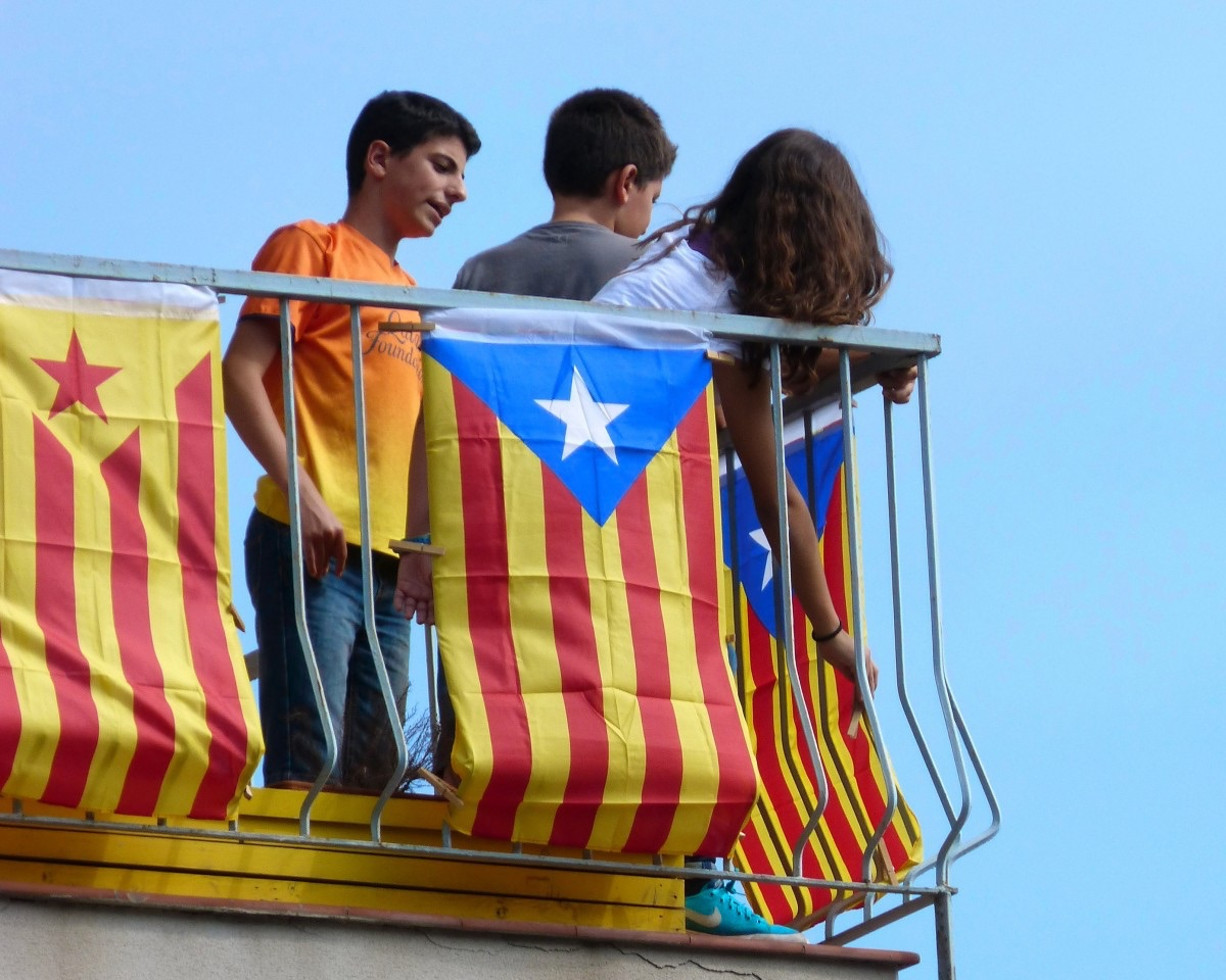 Spain's PM proposes referendum on greater Catalan autonomy